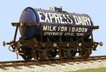 Slaters 7mm Decal - GWR 3000 Gallon Milk Tank Wagon Express Dairies