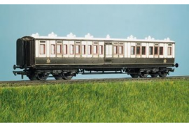 Ratio Plastic Models 733 - LMS (ex LNWR) 50ft Arc Roof Corridor Brake Composite Coach