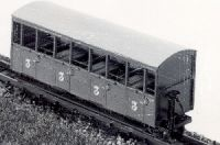 Dundas Models DM22 - Festiniog Railway Semi-Open Bogie Coaches Nos. 37 & 38